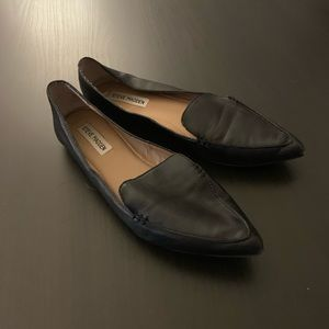 Steve Madden Black Leather Feather Loafers